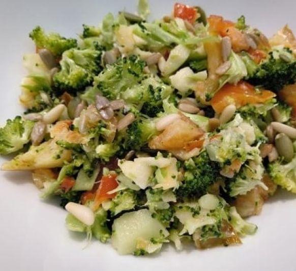 Ensalada de Brócoli con manzana y pimiento