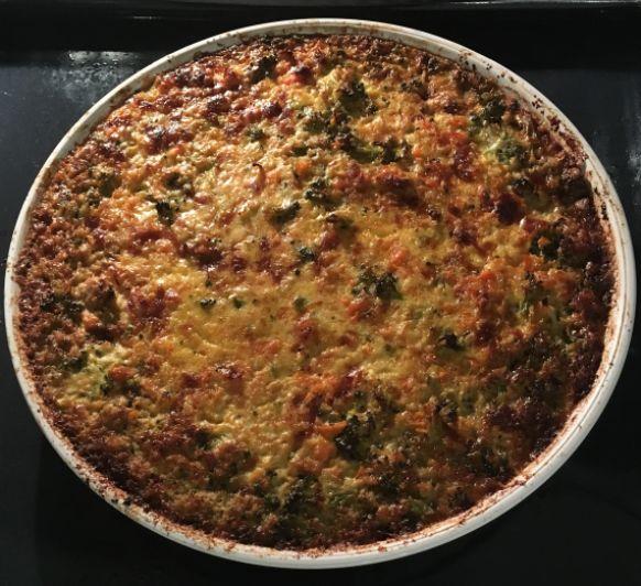 PASTEL DE ZANAHORIA Y BRÓCOLI ( recién salido del horno!) Fácil, rápido y nutritivo.